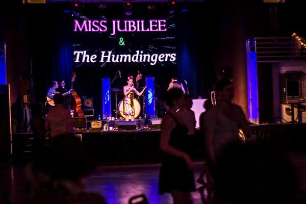 Miss Jubilee and Humdingers